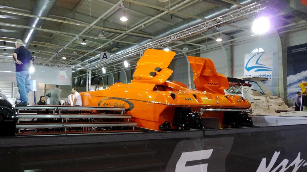 яхта donzi софия яхт шоу изложение